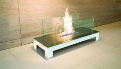 Caminetto biologico in acciaio e vetro